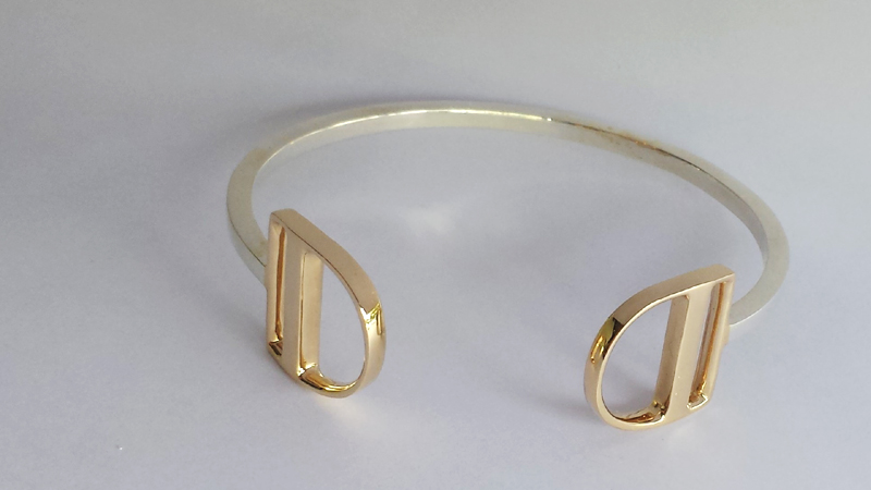 Liberty_gold_cuff_two_tone_silver_white_modern_simple_plain_custom_design_horseshoe