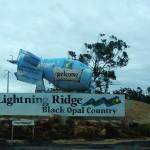 Lightning_Ridge_Sign_agitator_tourist_opal