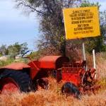 lightning_ridge_rusty_old_car_outback