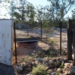 opal_mining_outback_nsw_old_mine_shaft_tin